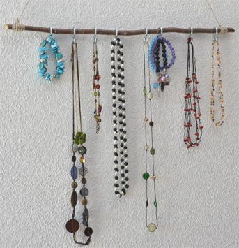 Porte bijoux fut - Comment fabriquer un porte bijoux ...