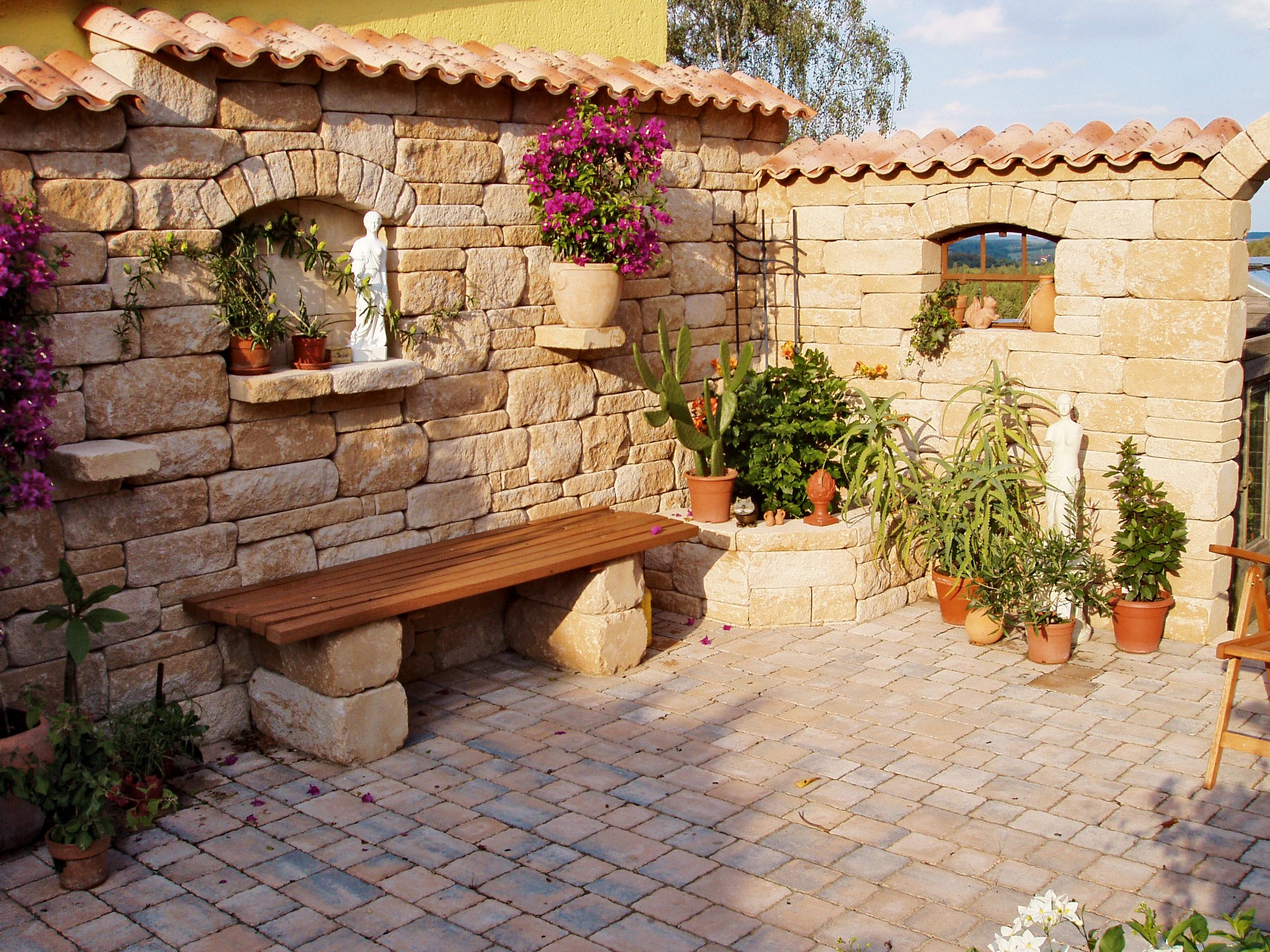 Krautergarten garten terrasse oder als beet wohnen for Garten planen mit kleine regentonne für balkon