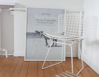 Tout est dans le mélange: du design, des trouvailles de la brocante et un poster de Patti Smith.