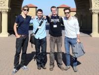 Zu Besuch in Stanford: Das Team des Design Thinking Startups {HSG;http://dthsg.com/dtsag/}
