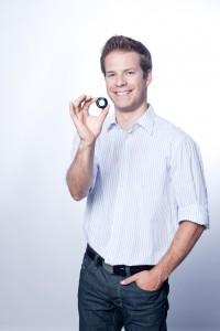 Mark Blum with lens (2832x4256)