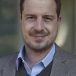 Adrian Bührer ist Internet-Unternehmer der ersten Stunde. Der Publizist und Betriebsökonom (Lic Phil / Uni Zürich) hat mit 22 Jahren seine erste Firma gegründet und 2007 an den Axel Springer Konzern verkauft. Seither ist er Mit-Gründer oder Investor bei mehreren Start-ups. Mit seiner Firma (www.panaman.com) berät  er Unternehmen wie z.B. die Migros, Banken oder Agenturen im Bereich neue Medien und Online  Geschäftsmodelle. Bührer ist Juror und Coach bei Venture.ch, dem Businessplan Wettbewerb der ETH & McKinsey.