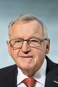 Hansjörg Wyss ist Gründer und Ehrenpräsident des globalen Medizintechnikunternehmens Synthes, das 2012 von Johnson & Johnson übernommen wurde. - hansjoerg_wyss