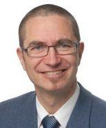 Herbert Stauffer ist Geschäftsführer der BARC Schweiz GmbH. Er hat 25 Jahre Erfahrung in Business Intelligence und Data Warehousing, als Projektleiter, Hochschuldozent, Architekt, Trainer und Buchautor. Dabei hat er sich auch Frage- stellungen zur BI-Strategie, Governance- und Qualitätssystemen spezialisiert. Seit Jahren leitet er den TDWI- Roundtable in Zürich und die Abeitsgruppe «Datenqualität/ Data Governance» der SAQ. barc.ch